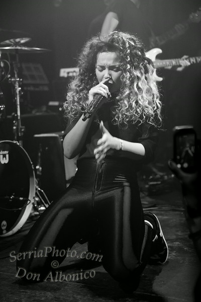 Ella Eyre @ The Rickshaw Stop, San Francisco, 7-25-2014